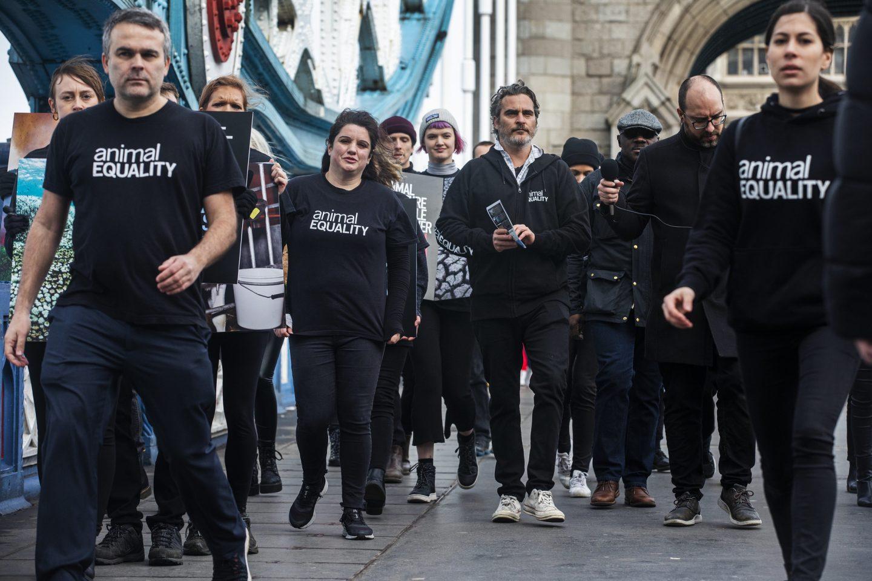 protest london bridge